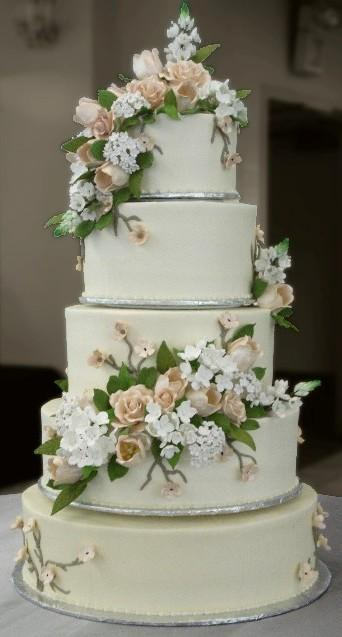 wedding cakes with prices and pictures wedding cakes sugar showcase 26086